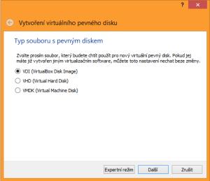 nabídka s typy souborů s pevným diskem (VDI tedy VirtualBox disk Image), dále VHD (Virtual Hard Disk) a VMDK (Virtual Machine Disk), kterou používá zejména VMware, ale je též kompatibilní s dalšími typy virtualizačních technologií